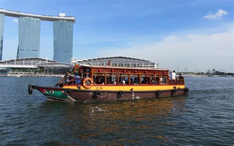Boat Quay Ride by Singapore River Cruise Hippo Singapore Pass