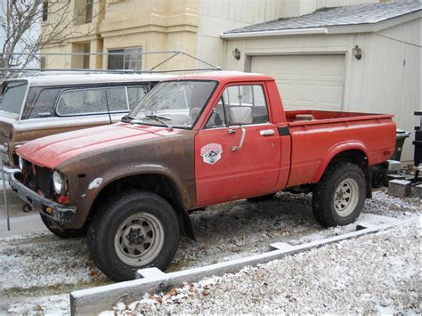 toyota go and see toyota hilux 1979 review amazing pictures and images
