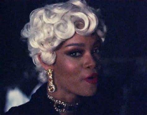 Rihanna Shares 'pour It Up' Video Sneakpeek
