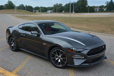 Explore the 2021 fastback and convertible mustang sports car range with the 2.3l high performance and 5.0l gt models. 2020 Ford Mustang Ecoboost Premium Review - GTspirit