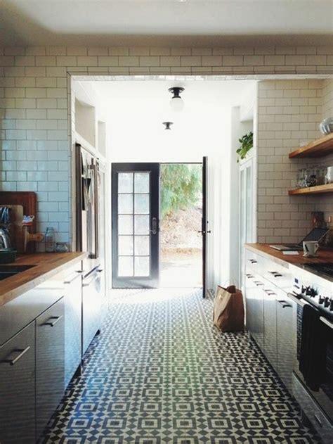 sol cuisine lino poser du lino dans votre demeure idées en photos