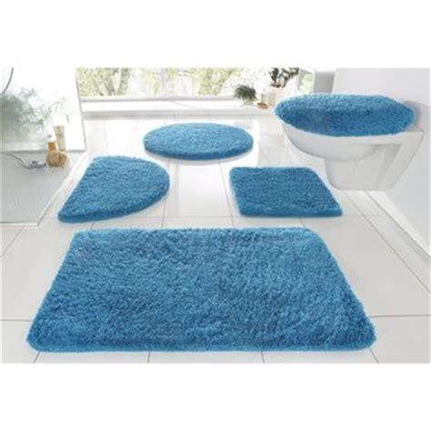 tapis de bain antiderapant dans tapis salle de bain