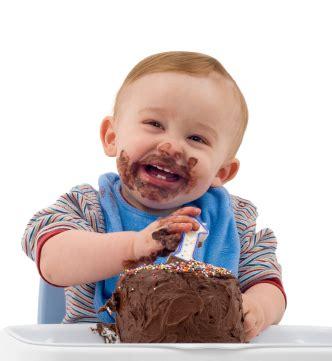 writtens eating cake    health