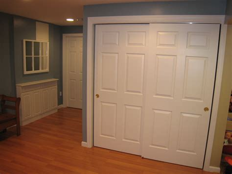 Bedroom Wardrobe Closet With Sliding Doors by Closet Sliding Door Lock