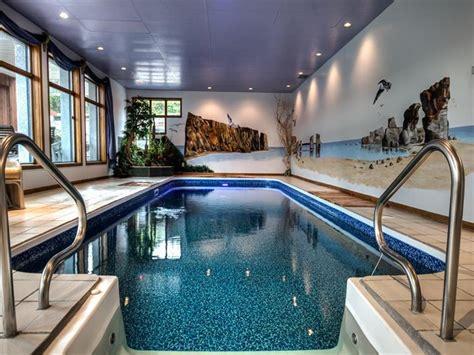 chalet a louer avec piscine maison exceptionel faite vous chalet 224 louer st j 233 r 244 me di 21584 chaletsauquebec
