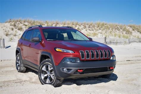 jeep cherokee trailhawk red review 2016 jeep cherokee trailhawk ny daily news