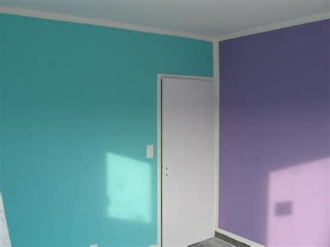 chambre fille bleu et violet chambre mauve et bleu kirafes