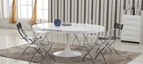 table a manger ronde table 224 manger design en bois isola