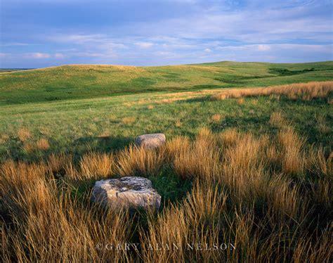 Glacial Erratics on the Prairie | Little Missouri National ...