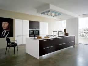 plafond de cuisine design cuisine design blanche et bois