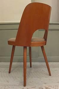 Chaise Bois Vintage : slavia vintage mobilier vintage chaise ton en bois karamel 2 ~ Teatrodelosmanantiales.com Idées de Décoration