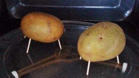 kartoffeln kochen mikrowelle 5 minuten kartoffel aus der mikrowelle rezept frag mutti