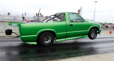 lights out 7 we re ready to race in the world series of no prep drag racing is it the next big thing rod