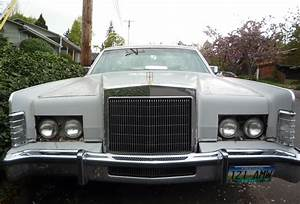 Curbside Classic  1977 Lincoln Town Car