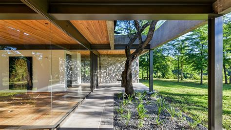 concrete  glass house  argentina  spare  beautiful curbed