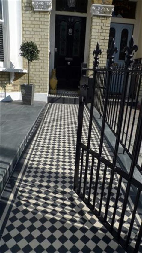 Metal gates and Rails   London Victorian Mosaic Tile