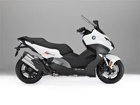 Modification Bmw C 650 Sport by New Bmw C 650 Sport And C 650 Gt Maxi Scooters Bike Review