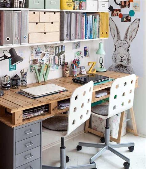 faire un bureau en bois bureau en bois 34 idées diy très cool en palette europe