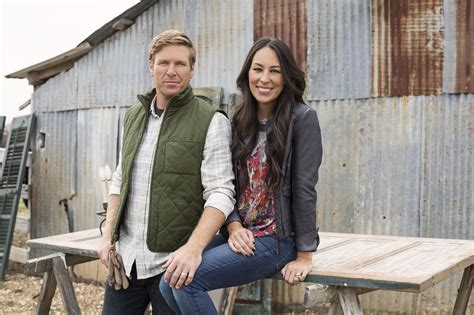 'fixer Upper's' Chip And Joanna Gaines Expecting Their
