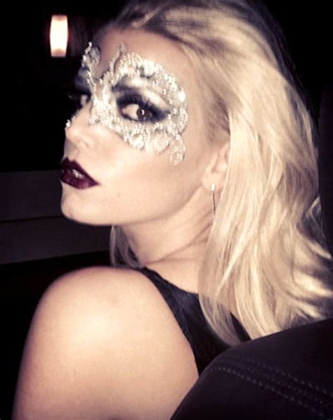 Jessica Simpson Models Lace Mask Shop The Easy Halloween
