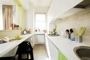 Kleine Schmale Küche Einrichten : kleine k chen einrichten tipps und ideen zum grundriss ~ Sanjose-hotels-ca.com Haus und Dekorationen