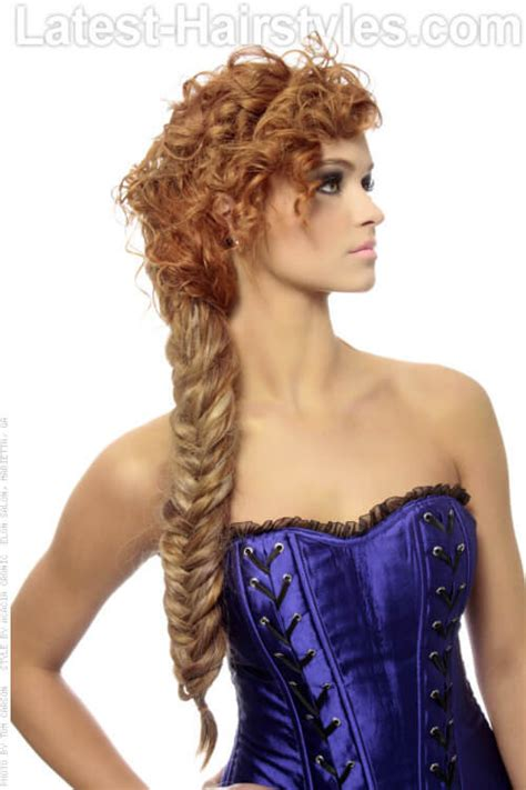 Hairstyles For With Curly Hair by 15 Curly Hairstyles For Summer Zest Up Your Look