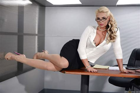 Hot Blonde Secretary With Glasses Best Porno