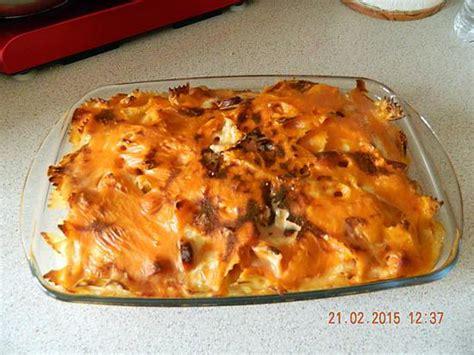 recette de gratin de p 226 tes aux knackis et b 233 chamel 224 la tomate