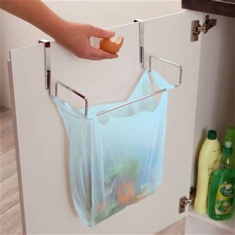 castorama poubelle cuisine poubelle de porte cuisine castorama 3 accroche sac