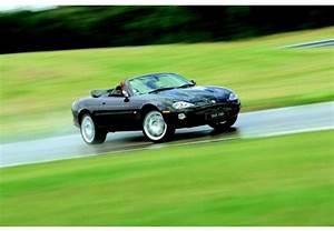 Jaguar Xk8 Fiche Technique : fiche technique jaguar xkr xkr v8 cabriolet 1998 ~ Medecine-chirurgie-esthetiques.com Avis de Voitures