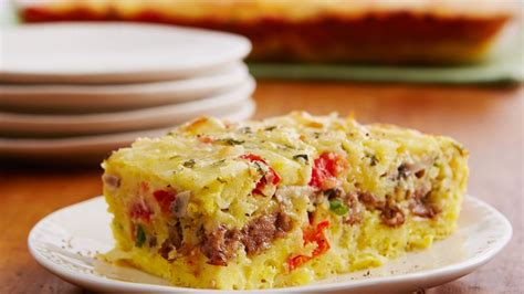 egg bake casserole recipe cheesy sausage and egg bake recipe from betty crocker