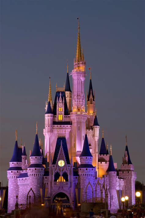 Disney Wedding Planning Tips — How to Organize a Disney ...