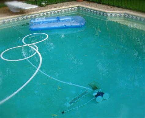 entretien regulier de la piscine guide piscine house