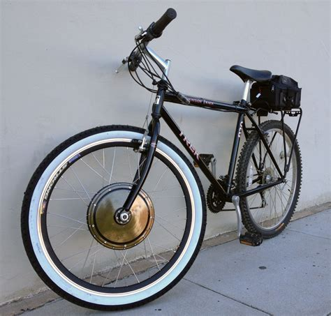 Folding Bike Los Angeles Featuring Strida