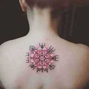 Compas De Vegvisir : compas de vegvisir tatouage avant bras tatouage ~ Melissatoandfro.com Idées de Décoration