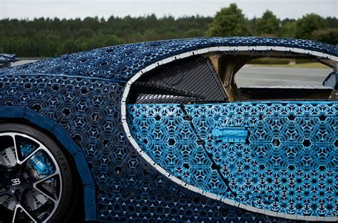 1 description 2 background 3 lego.com description 4 gallery 5 external links the it is based off of the bugatti chiron, which is currently the fastest car in the world, the engine in the real bugatti has 1500 horsepower, producing. Full-scale, Lego Bugatti Chiron makes UK debut   Autocar
