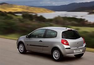 Fiche Technique Renault Clio : fiche technique renault clio societe 1 5 dci 70 generique 2006 ~ Medecine-chirurgie-esthetiques.com Avis de Voitures