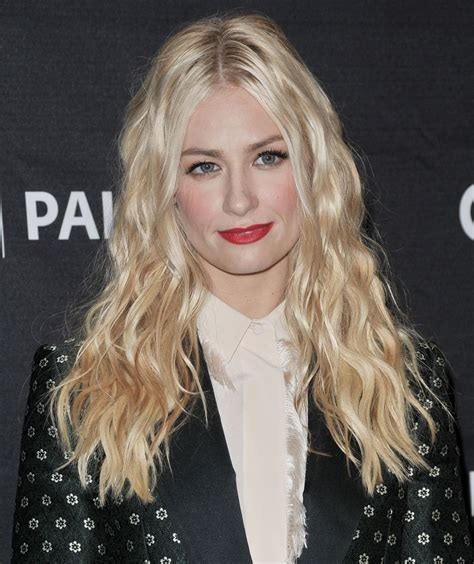 Beth Behrs The Paley Center For Media Paleyfest
