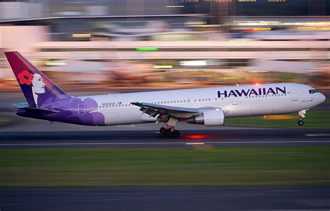 The Fascinating and Turbulent State of Hawaii's Airlines ...