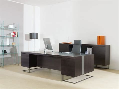 Large desk, wood and metal, ideal for executive office