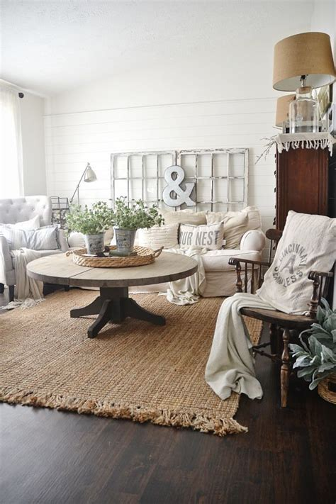 farmhouse living room rug 17 best ideas about rustic area rugs on farm Modern