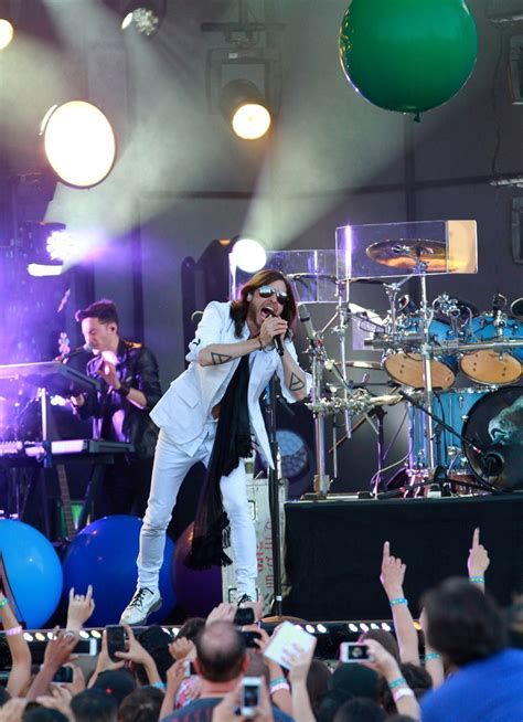 Jared Leto Photos Photos  30 Seconds To Mars Perform In
