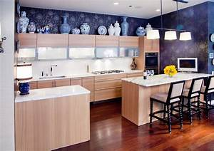 Kitchen above cabinet decorating ideas kitchen eclectic for Kitchen colors with white cabinets with dr seuss wall art decor