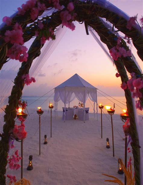 Best 25 Sunset Beach Weddings Ideas On Pinterest