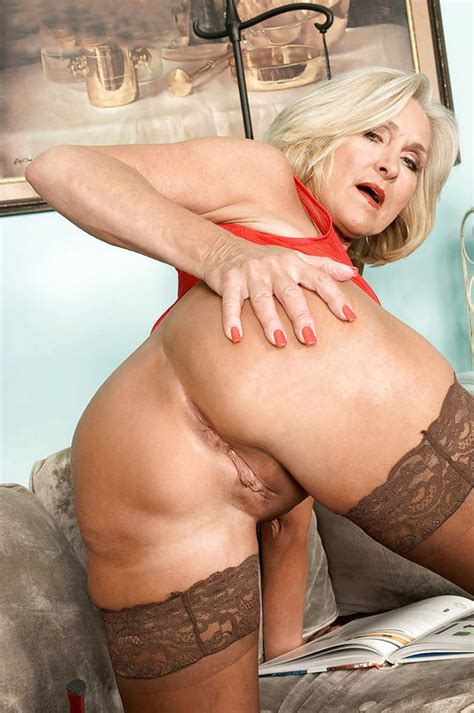 Sexy Gilf Hot Porn