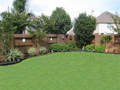 Backyard Privacy Landscaping by Landscaping Ideas For Small Backyard Privacy Garden Design