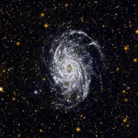 Galaxy pictures: 23 of NASA's best images of space - BBC ...