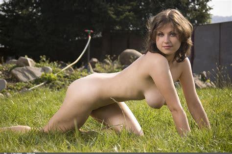 Mia Naughty In Nature