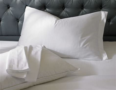 Ritz Carlton Hotel Shop Classic White Pillowcases Luxury Hotel Bedding, Linens and Home Decor