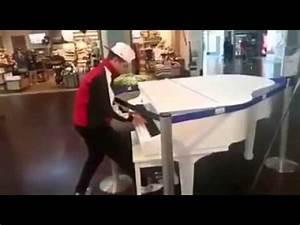 o cara toca muito piano e a doido - YouTube